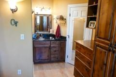 1001-bedroom-sink-2.jpg