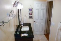 1043-bath-cabinets-14.jpg