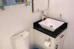 1047-guest-bath-04.jpg