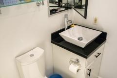 1047-guest-bath-08.jpg