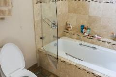 1047-master-bath-25.jpg