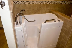 1054-walk-in-tub-5.jpg