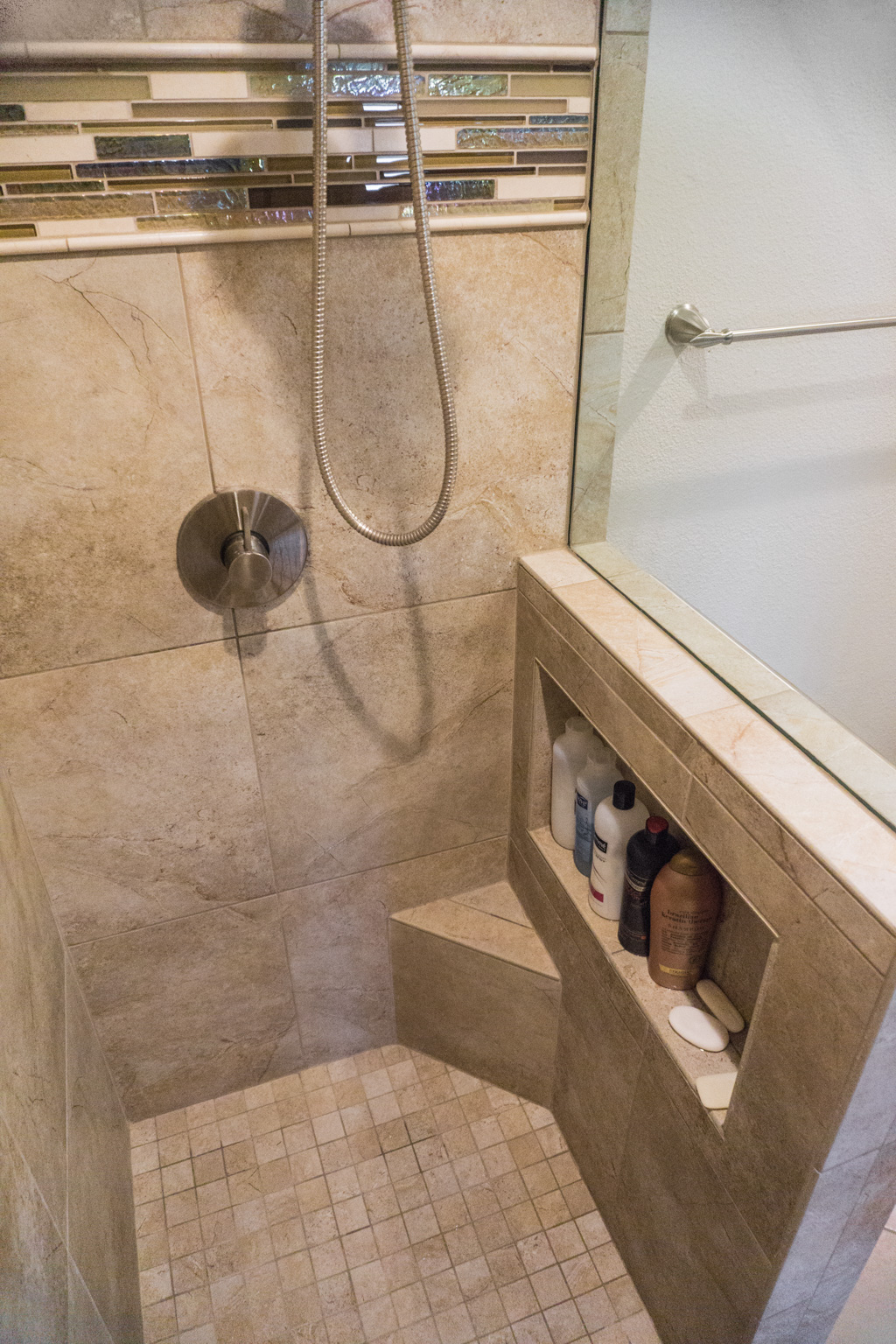 Built-in Shower Steps - Danilo Nesovic, Designer · Builder ...