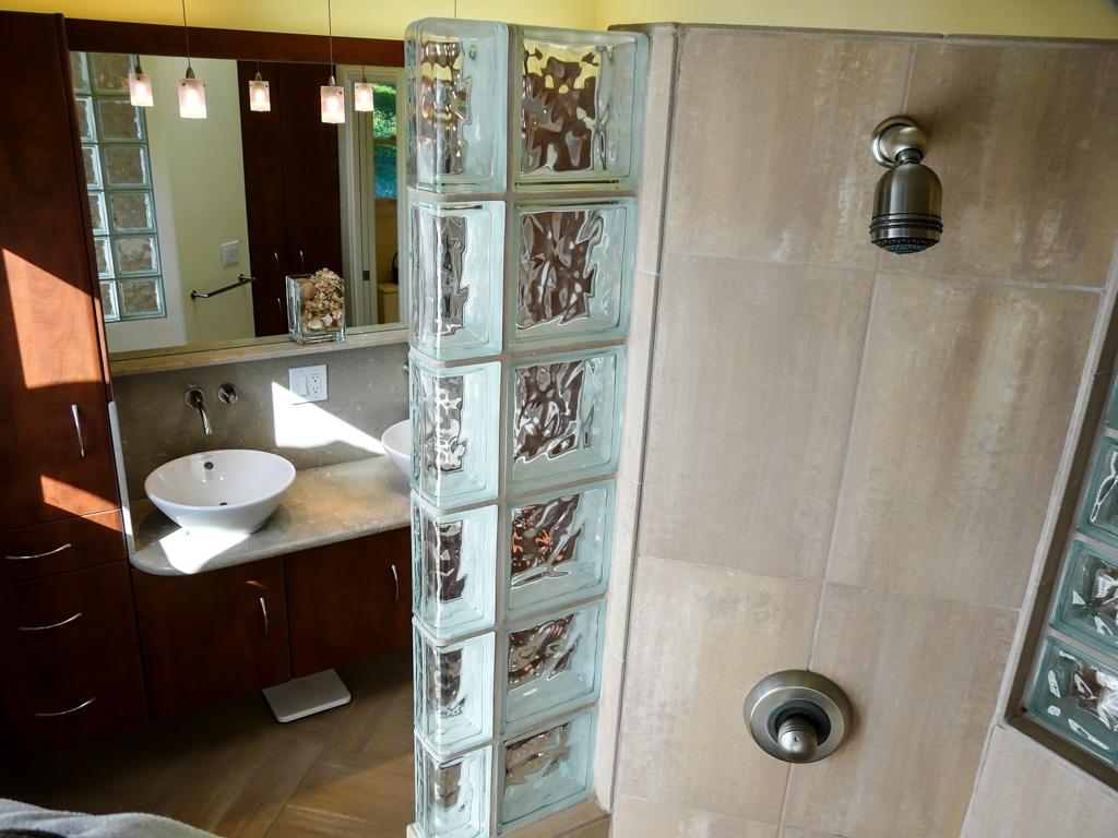 Summer Flame Stone & Glass Bath - Danilo Nesovic, Designer
