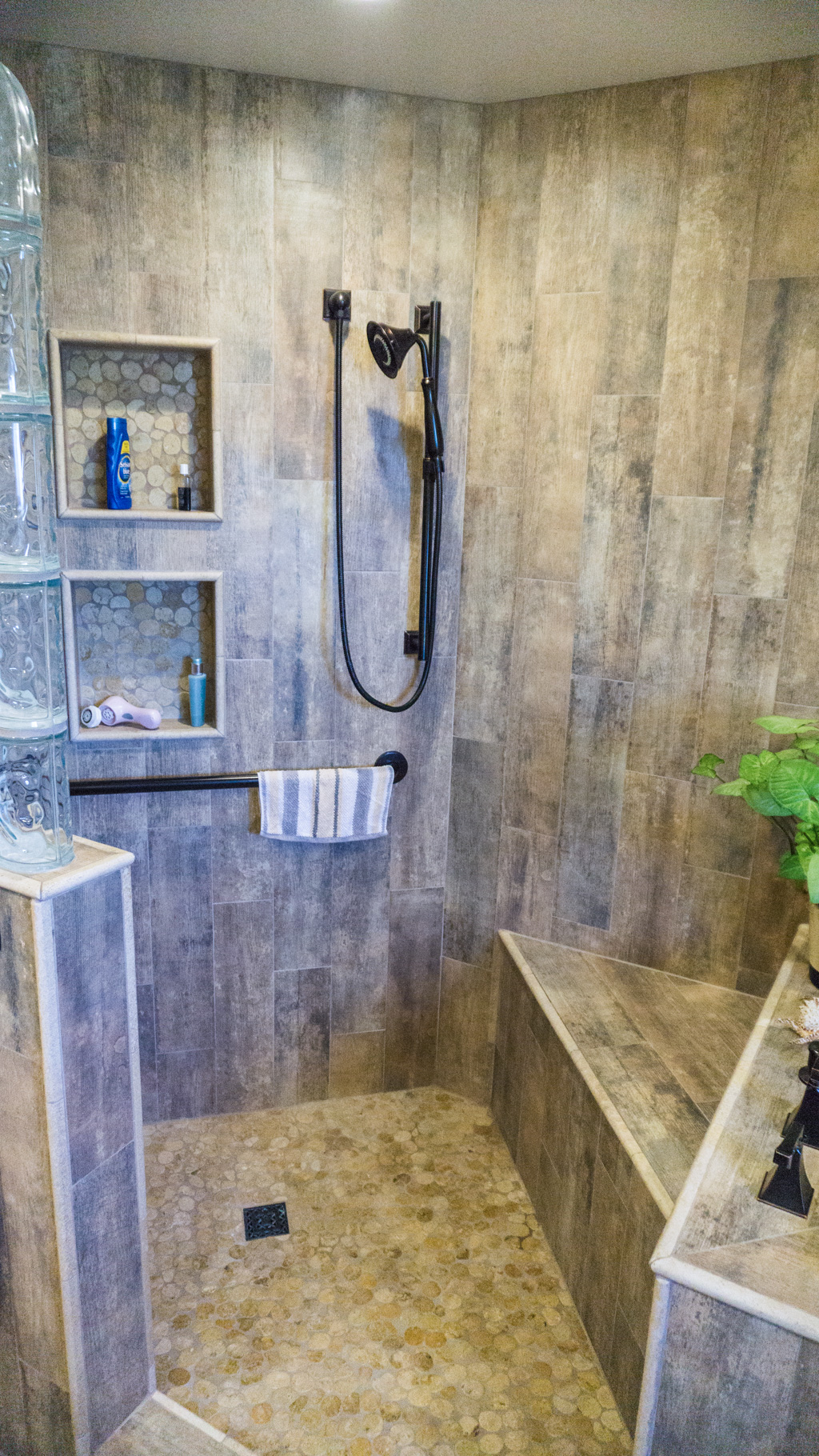 Earthy Wood Amp Glass Master Bath Danilo Nesovic Designer